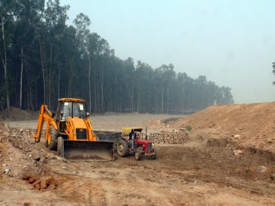 Construction activity on yamuna riverbed